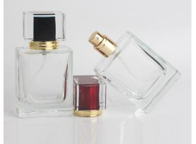Flacon de parfum en verre unique de 50 ml